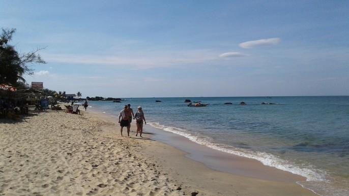 Chiêm ngưỡng bãi tắm tuyệt đẹp dành cho khách Tây ở Phú Quốc - Ảnh 10.