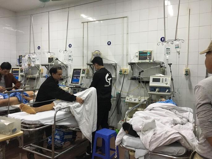 Bộ trưởng Nguyễn Thị Kim Tiến thăm nữ bác sĩ bị ung thư trong đêm giao thừa - Ảnh 5.