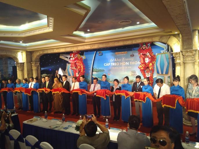 Ngắm cáp treo dài nhất thế giới tại Phú Quốc ngày khánh thành - Ảnh 1.