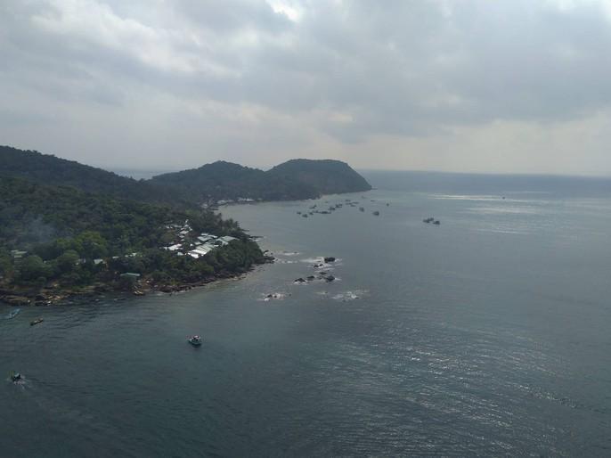 Ngắm cáp treo dài nhất thế giới tại Phú Quốc ngày khánh thành - Ảnh 11.