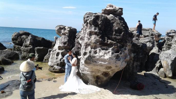 Chiêm ngưỡng bãi tắm tuyệt đẹp dành cho khách Tây ở Phú Quốc - Ảnh 18.