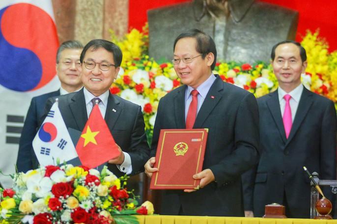 Tổng thống Moon Jae In cam kết các biện pháp bảo vệ cô dâu Việt - Ảnh 5.