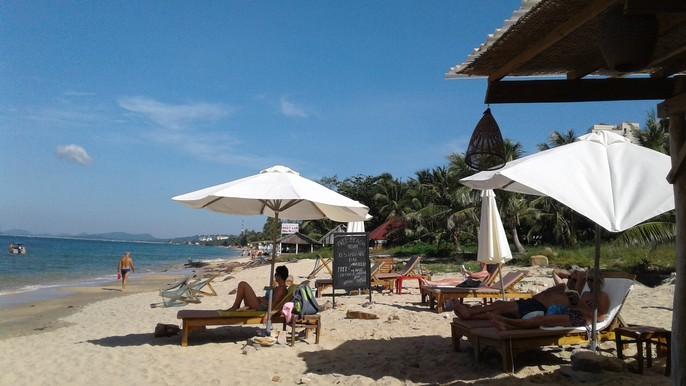 Chiêm ngưỡng bãi tắm tuyệt đẹp dành cho khách Tây ở Phú Quốc - Ảnh 23.