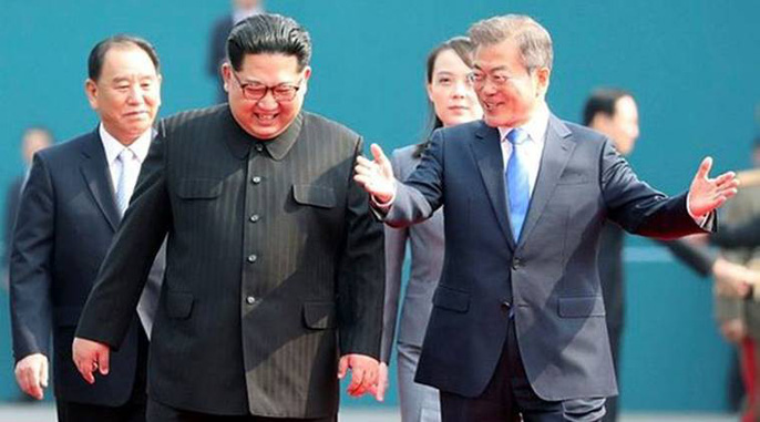 Video: Những khoảnh khắc khác thường ở biên giới liên Triều - Ảnh 14.