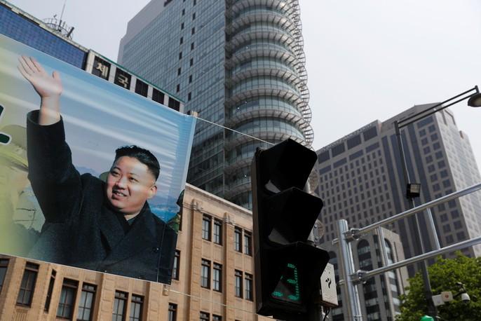 Video: Những khoảnh khắc khác thường ở biên giới liên Triều - Ảnh 29.