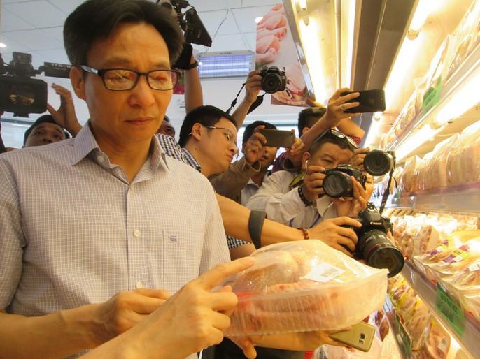 Phó Thủ tướng Vũ Đức Đam ăn cơm công nhân hơn 15.000 đồng/suất - Ảnh 7.