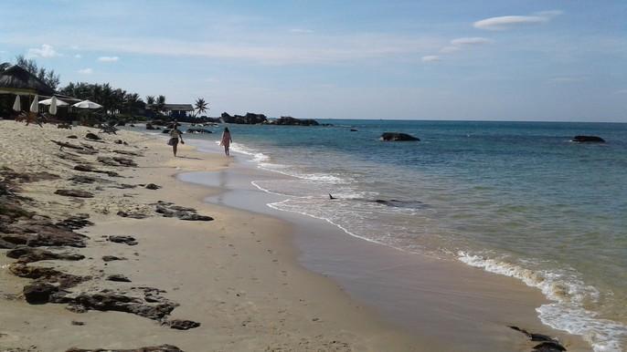 Chiêm ngưỡng bãi tắm tuyệt đẹp dành cho khách Tây ở Phú Quốc - Ảnh 4.