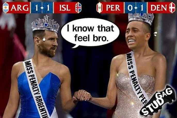 Ảnh chế World Cup: Ronaldo trao vương miện hoa hậu cho... Messi - Ảnh 1.