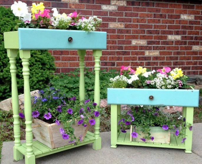 Tận dụng đồ bỏ đi trang trí khu vườn mùa hè xanh mát - Ảnh 2.