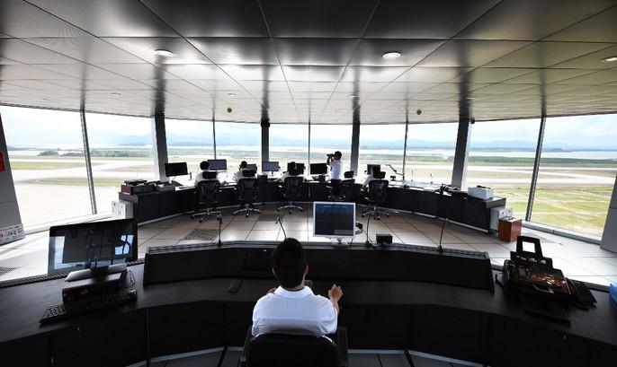 Soi trang thiết bị sân bay tư nhân đầu tiên trên cả nước - Ảnh 28.