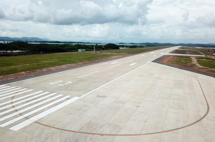 Soi trang thiết bị sân bay tư nhân đầu tiên trên cả nước - Ảnh 4.