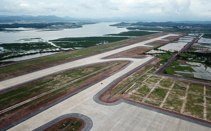 Soi trang thiết bị sân bay tư nhân đầu tiên trên cả nước - Ảnh 1.
