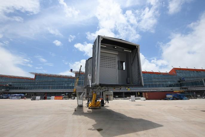 Soi trang thiết bị sân bay tư nhân đầu tiên trên cả nước - Ảnh 18.