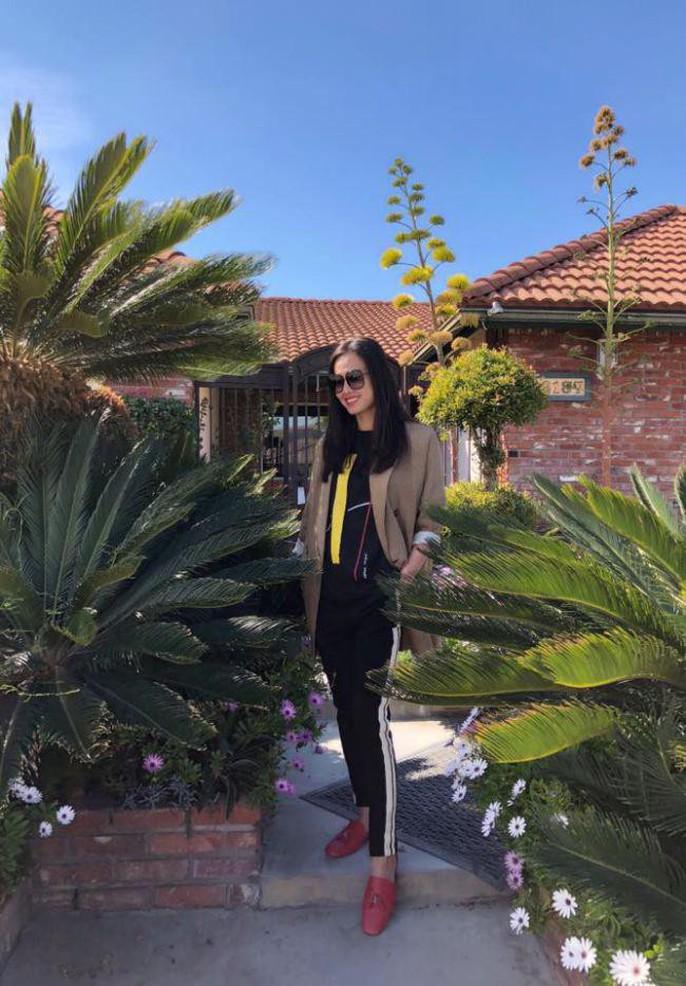 Hoa hậu Dương Mỹ Linh khoe vườn hoa hồng và cây ăn quả ở Mỹ - Ảnh 11.