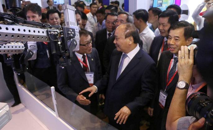 Việt Nam chưa bắt kịp bản chất cách mạng công nghiệp 4.0 - Ảnh 2.