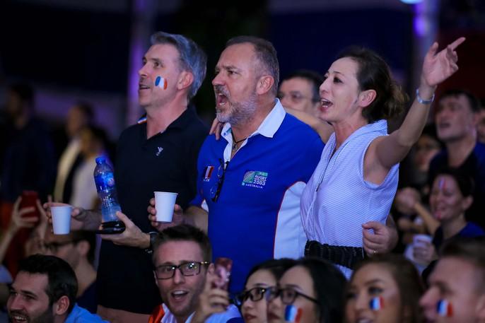 Pháp vô địch World Cup, CĐV Pháp tại TP HCM vỡ òa hạnh phúc - Ảnh 2.