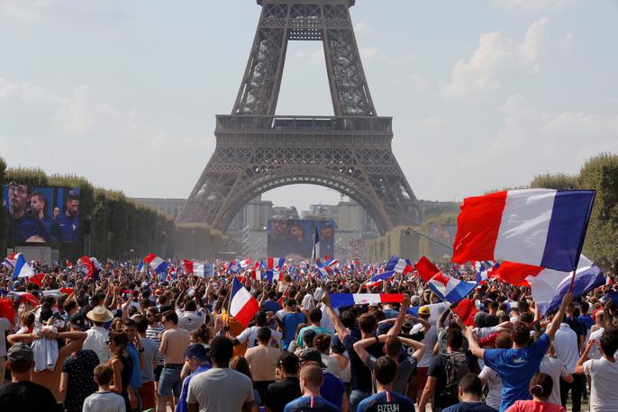 Nước mắt hào hùng vùng Balkan khi Croatia thua Pháp - Ảnh 18.