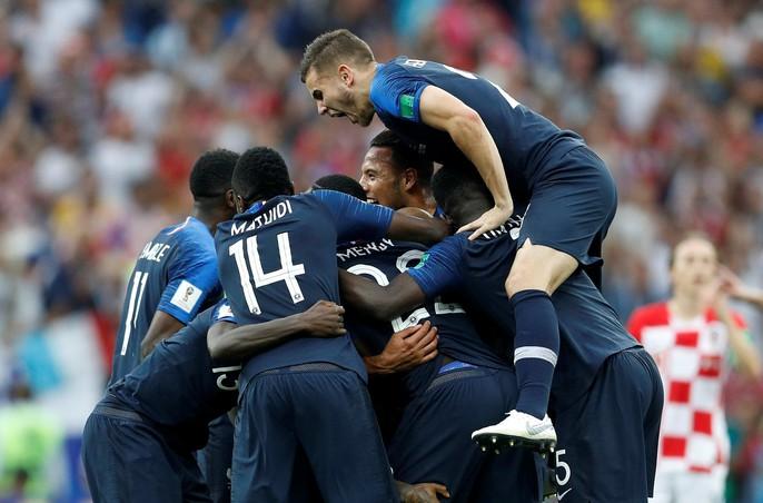 Nước mắt hào hùng vùng Balkan khi Croatia thua Pháp - Ảnh 14.