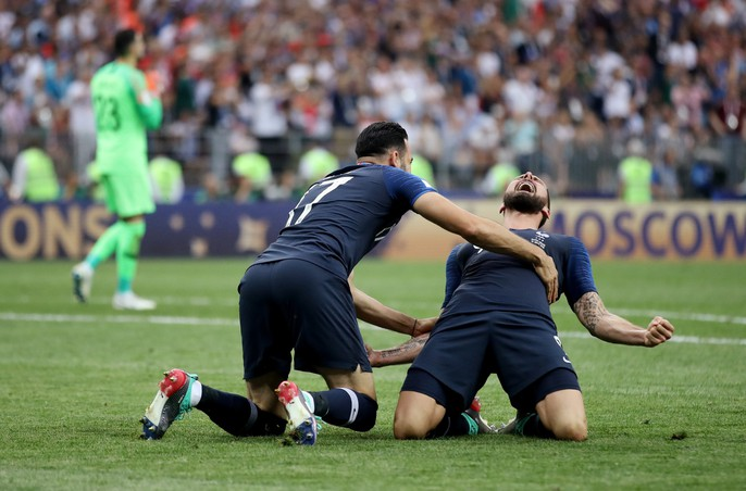 Nước mắt hào hùng vùng Balkan khi Croatia thua Pháp - Ảnh 11.