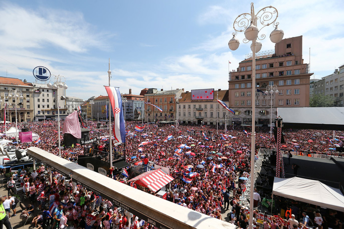 Croatia được chào đón như người hùng tại quê nhà - Ảnh 14.