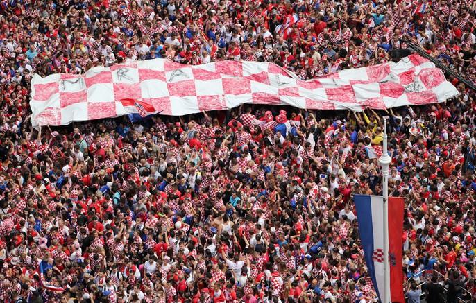 Croatia được chào đón như người hùng tại quê nhà - Ảnh 5.