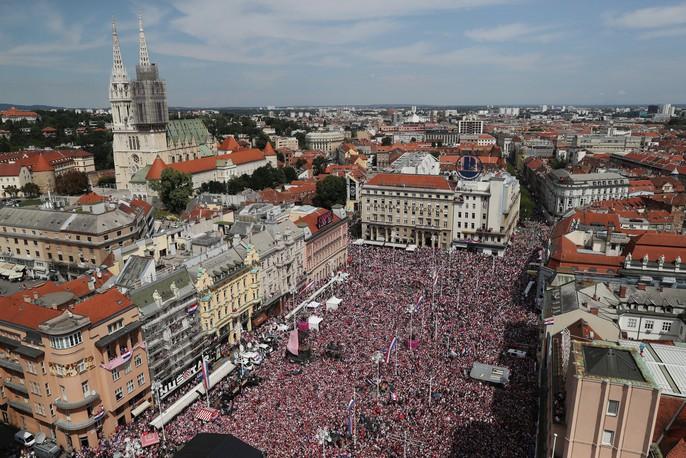 Croatia được chào đón như người hùng tại quê nhà - Ảnh 12.