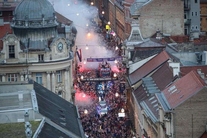 Croatia được chào đón như người hùng tại quê nhà - Ảnh 19.