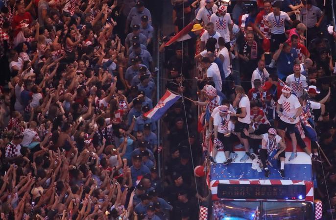 Croatia được chào đón như người hùng tại quê nhà - Ảnh 18.