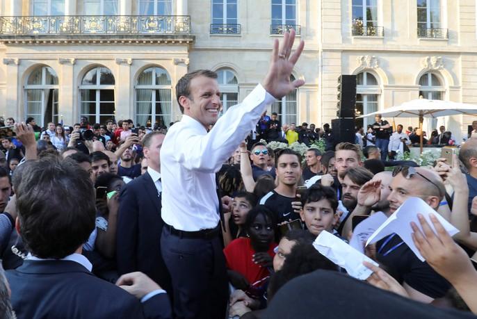 500.000 CĐV Paris xuống đường đón tuyển Pháp - Ảnh 35.