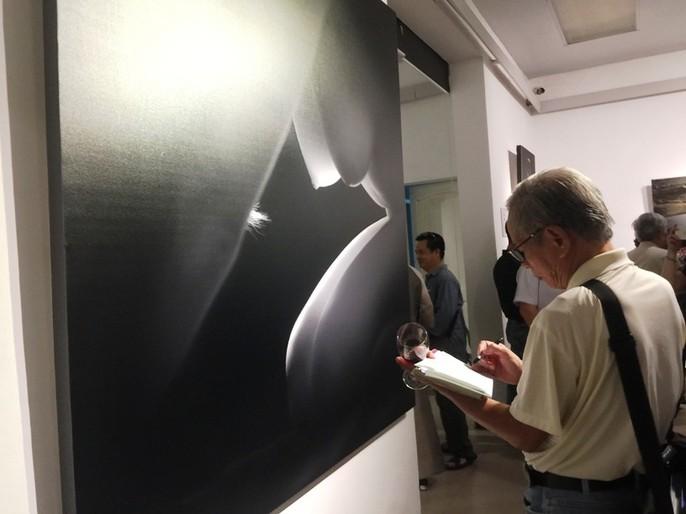"""Ngắm loạt """"Ảnh nude nghệ thuật"""" tại triển lãm quy mô quốc gia - Ảnh 7."""