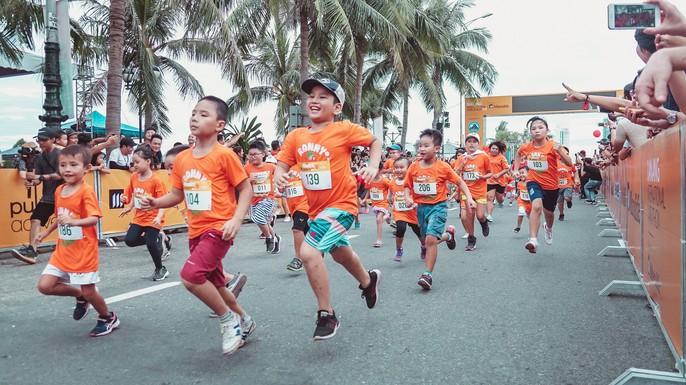 VĐV Suzaki Yuuya về nhất 42 km, cuộc thi Marathon Quốc tế Đà Nẵng - Ảnh 3.