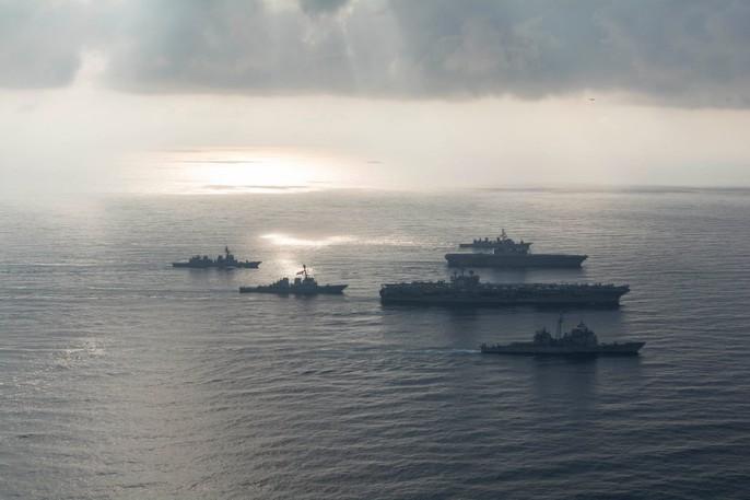 Tàu sân bay Mỹ - Nhật tập trận chung ở biển Đông - Ảnh 4.