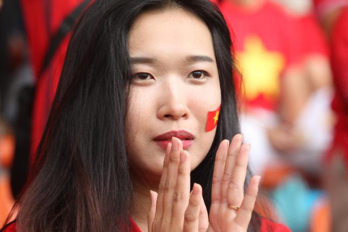 Olympic Việt Nam chia tay trong tiếc nuối, CĐV thẫn thờ - Ảnh 4.