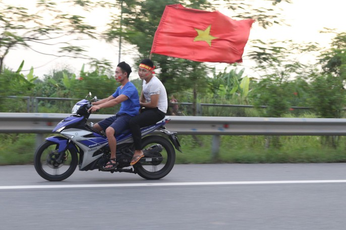 Olympic Việt Nam vuột Huy chương Đồng, Hồ Gươm vắng cổ động viên - Ảnh 8.