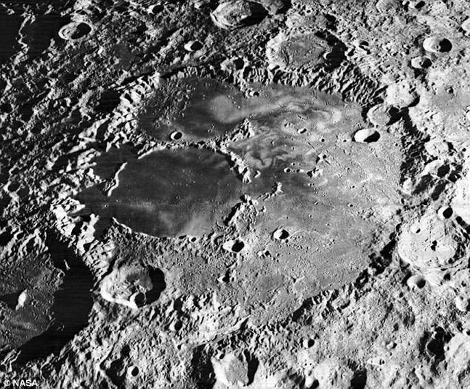 Sự thật về mặt người ẩn hiện trên mặt trăng - Ảnh 4.