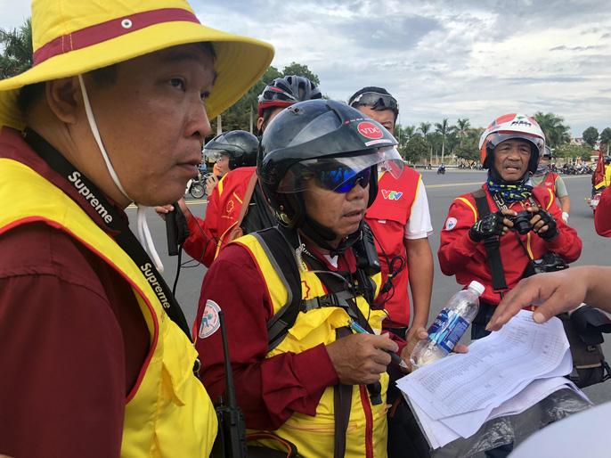 Tước quyền 4 tay đua ngay vạch xuất phát Cúp Tôn Hoa Sen 2018 - Ảnh 3.