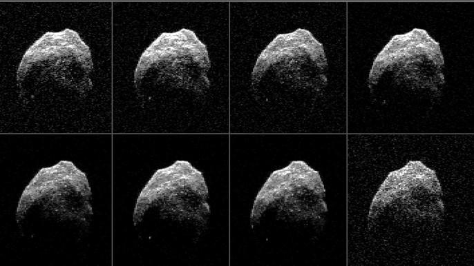 Tiểu hành tinh đầu lâu tiến gần trái đất - Ảnh 3.