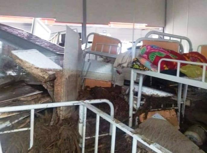 Trường lớp tan hoang, ngập bùn đất trước ngày khai giảng - Ảnh 21.