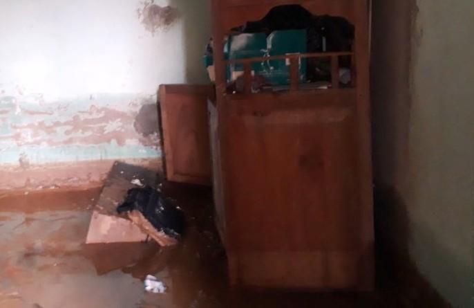 Trường lớp tan hoang, ngập bùn đất trước ngày khai giảng - Ảnh 13.