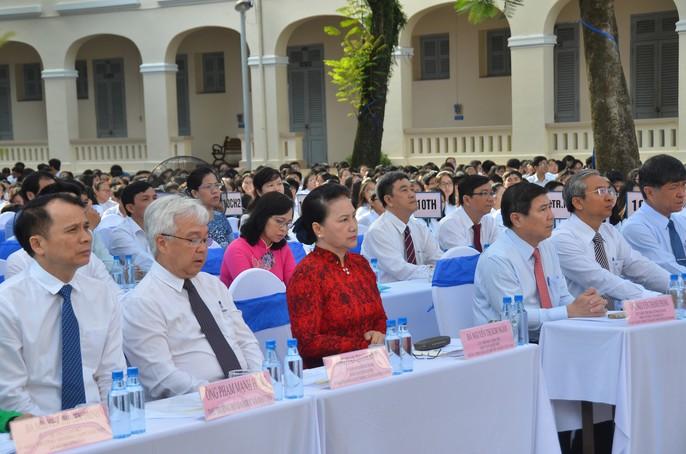 Chủ tịch nước Trần Đại Quang: Giáo dục luôn được đặt ở vị trí trung tâm - Ảnh 10.