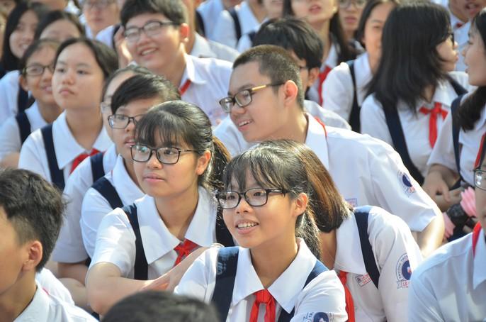 Khai giảng năm học mới: Học sinh là trọng điểm - Ảnh 12.