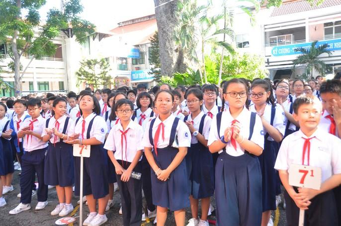 Khai giảng năm học mới: Học sinh là trọng điểm - Ảnh 11.