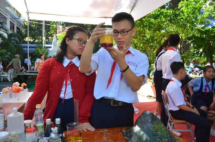 Chủ tịch nước Trần Đại Quang: Giáo dục luôn được đặt ở vị trí trung tâm - Ảnh 33.