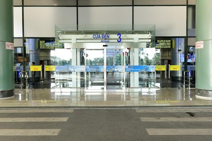 Hoàn thành cải tạo, công suất Nhà ga T1 Nội Bài từ 9 lên 15 triệu khách/năm - Ảnh 2.