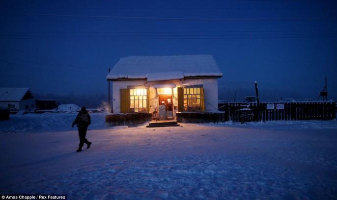 Ngôi làng Cực lạnh từng chịu đựng nhiệt độ -71,2 độ C - Ảnh 7.