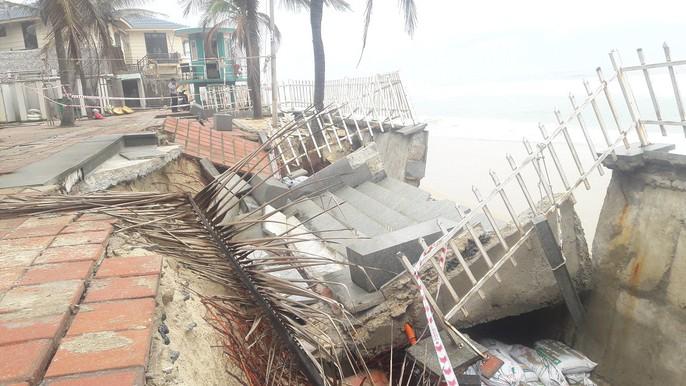 Cận cảnh bờ biển quyến rũ nhất hành tinh bị sạt lở nghiêm trọng - Ảnh 13.