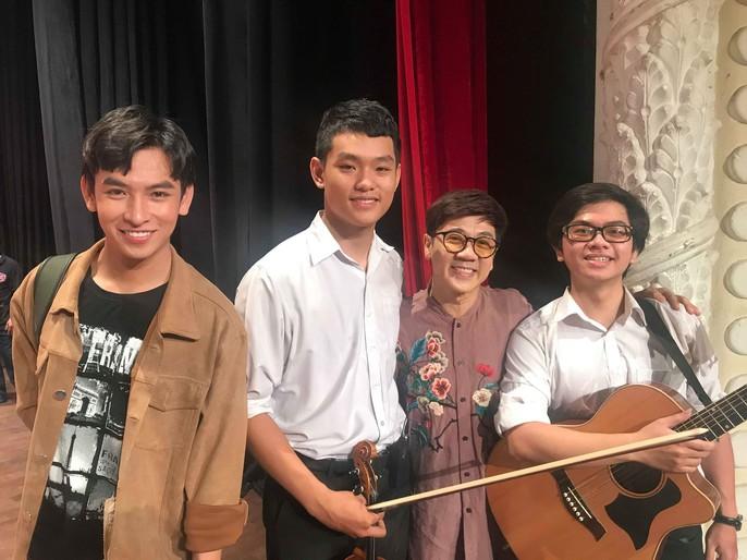 NSND Kim Cương rơi nước mắt trong Chương trình Nghệ sĩ tri âm - Ảnh 6.