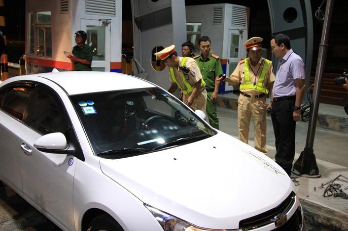 TP HCM: Phát hiện 10 tài xế đang phê khi ôm vô lăng - Ảnh 7.