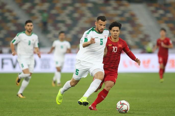 Việt Nam - Iraq 2-3: Thua ngược bởi sức vóc và bóng chết - Ảnh 2.