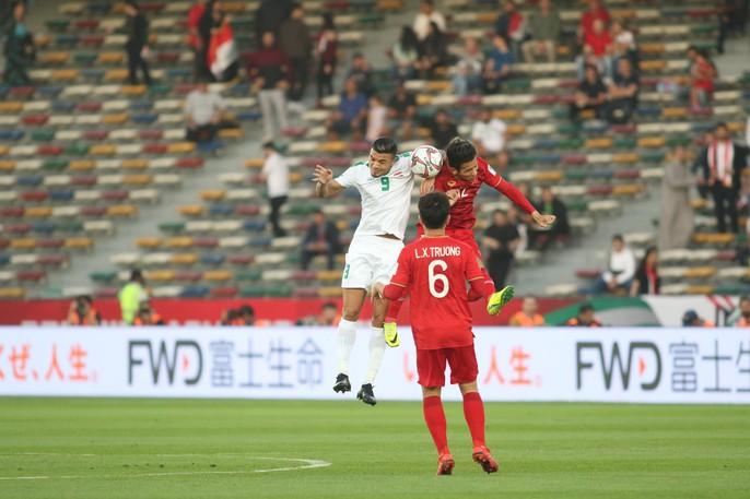 Việt Nam - Iraq 2-3: Thua ngược bởi sức vóc và bóng chết - Ảnh 9.